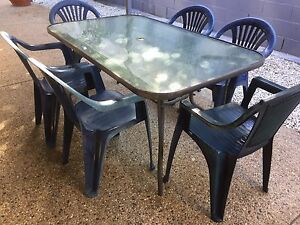 Outdoor Setting Seats 6 Good Condition Sinnamon Park Brisbane South West Preview