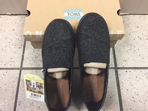 Authentic glimmer Toms in box with tags