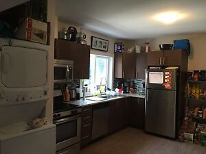 $715/R MAY 1ST FOR NEW 4 BEDROOM UNIT ALL INCLUSIVE W INTERNET
