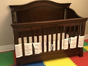 Convertible Cot bed - kid bed - cot - chest of drawers