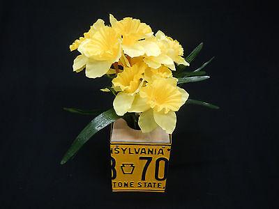 License Plate Flower Box Tissue Box Cover Pennsylvania PA Home Decor Centerpiece