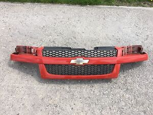 2010 Chevy Colorado Sport Grille