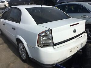Wrecking Holden Vectra 2000 sedan white Rocklea Brisbane South West Preview