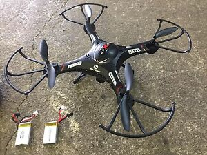 Holy Stone F183W FPV drone