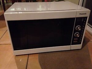 Panasonic Microwave / Convection Oven Upper Coomera Gold Coast North Preview