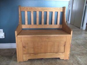 Armoire de bois à vendre st joseph