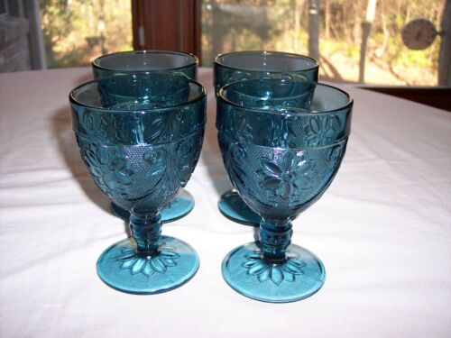 Set of 4 Tiara Sandwich Colonial Blue Water Goblets