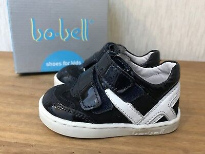 Bo-Bell Baby Kids Patent Navy White Shoes Size 19 vgc