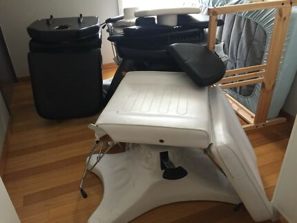 Massage/Beauty therapist table