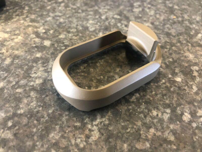 Glock Magwell - Billet Aluminum - gen 1-4 - G17, 22, 24, 31, 34, 35 Made In USA!