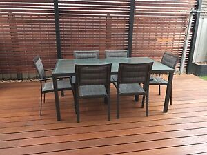 6 piece outdoor setting Albert Park Charles Sturt Area Preview