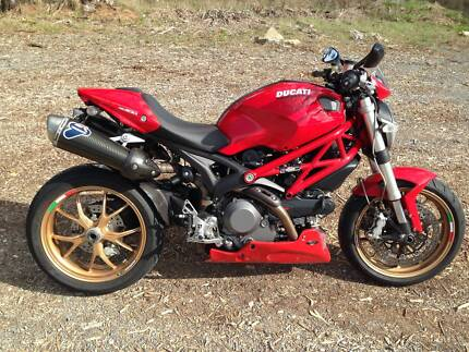 DUCATI MONSTER 1100 SE , PERFECT , THE BEST ALL ROUND DUCATI !!! Flagstaff Hill Morphett Vale Area Preview
