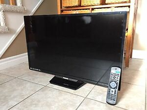 "Phillips 32"" LED Smart TV"