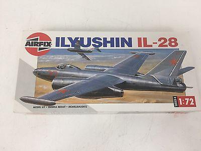 Vintage Airfix 04010-9 Ilyushin IL-28 Plastic Model Kit 1/72 Scale 1978 NIOB