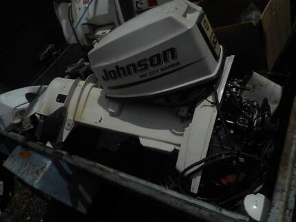 JOHNSON OUTBOARD MOTOR 30 HP LONG SHAFT ELECTRIC START REMOTES