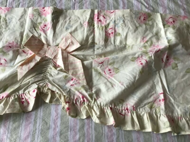 Lambs & Ivy Baby Shabby Cottage Chic PINK ROSES & BOWS Floral Ruffled Valance