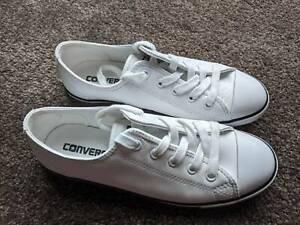 Selling white converse size 10 shoes Shepparton Gumtree