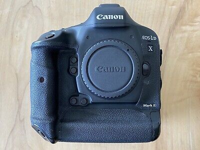 Canon EOS 1D X Mark II 20.2MP Digital SLR Camera (Body) + Battery + Charger