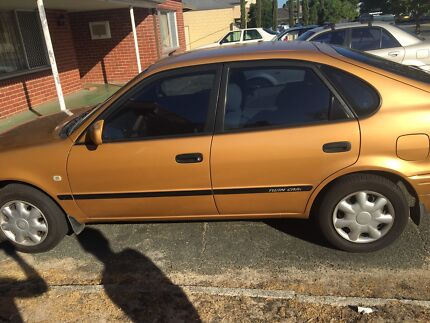 2000y Toyota Corolla 1.8 auto hatchback for sales East Victoria Park Victoria Park Area Preview