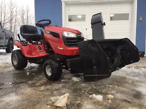 Tracteur à pelouse avec souffleur 40 pouces