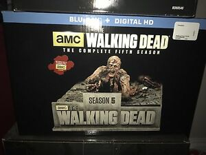The Walking Dead Season 5 Collectors Set