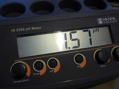 Hanna Hi2209-01 Benchtop Phmv Meter With Electrodes