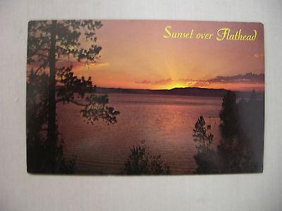 Montanas Flat Head (VINTAGE POSTCARD SUNSET OVER FLAT HEAD LAKE IN MONTANA UNUSED )