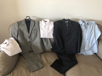 Boys suits worn once 8/9 years old