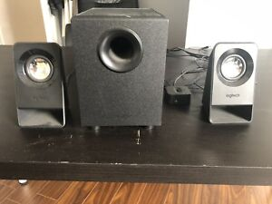 Brand New condition Logitech subwoofer and speakers