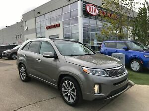 2015 Kia Sorento SX Navigation/Sunroof/Leather Heated Seats