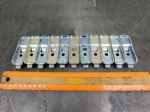 Republic Steel Shelf Clips Industrial Metal Shelving Hooks Lot of Eleven (11)