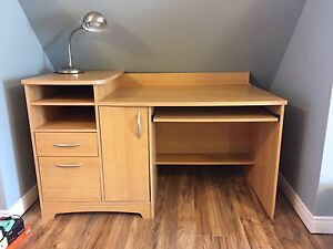 Desk, great condition