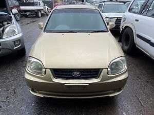Wrecking Hyundai Accent 2003