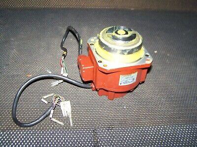 Yaskawa Electric Robot Servo Motor Usapem-03-yr11