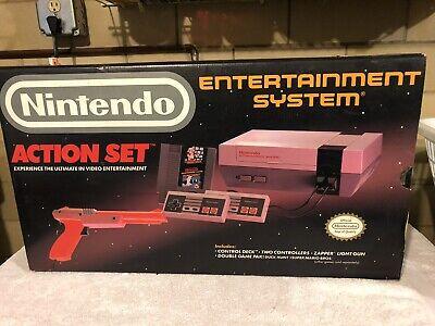Nintendo NES Action Set w/ 3rd controller. CIB Red Zapper Gray Console COMPLETE