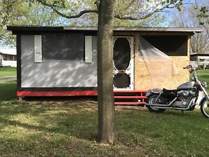 18ft trailer with sunroom