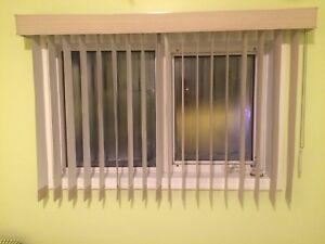 Window blinds (7 sets)