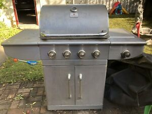 Four burner BBQ with side burner