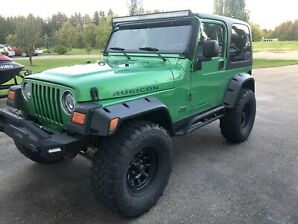2004 Jeep Tj Wrangler Rubicon, A/C, Cruise, Lots of work done