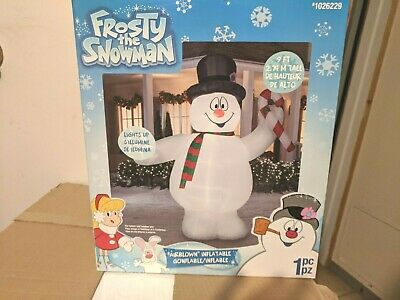 GIANT Gemmy 9' TALL FROSTY THE SNOWMAN CHRISTMAS AIRBLOWN INFLATABLE BLOW UP