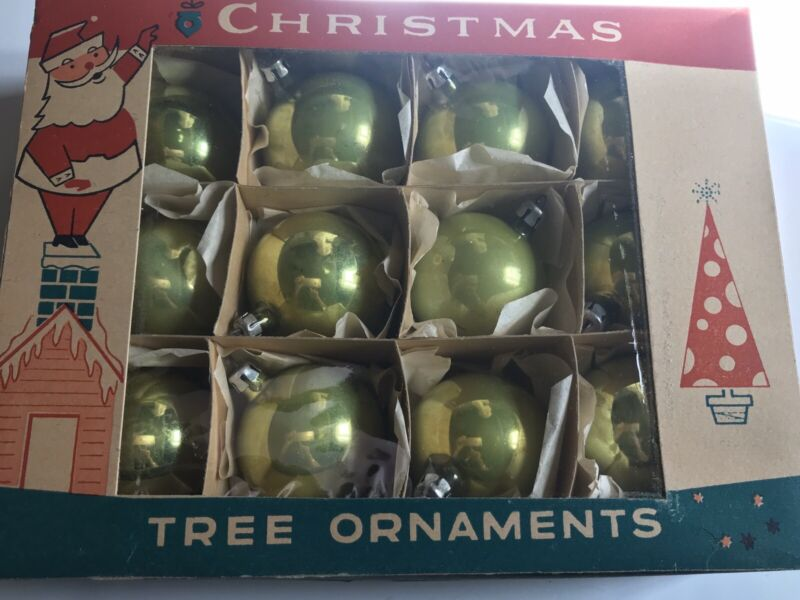 12- VTG 1950s FANTASIA CHARTREUSE GREEN/GOLD ROUND ORNAMENTS w BOX