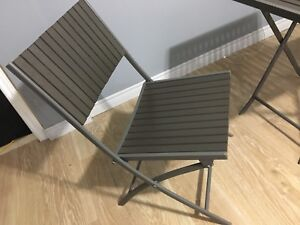 Backyard table chairs  for summer