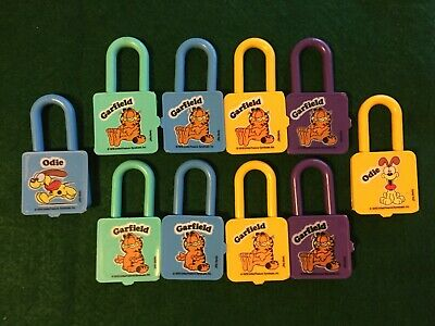 VTG Kellogg's LOT [10] ***GARFIELD PADLOCK*** cereal premium prize toy