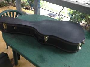 Guitar Case acoustic Dreadnought solid stitched plush heavy duty South Golden Beach Byron Area Preview
