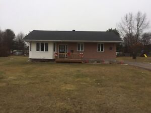 HOUSE FOR SALE 7 PEPPERTREE Dr.