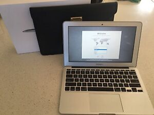 2012 11inch MacBook Air Cleveland Redland Area Preview