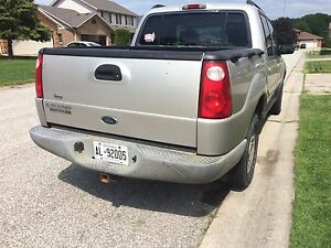 2004 Ford Explorer  Sportrack