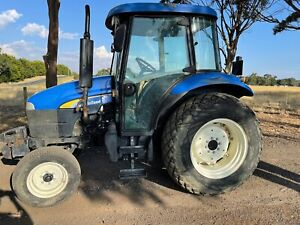New Holland td60d tractor 4wd