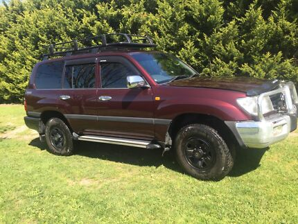 Toyota landcruiser 100 series Narre Warren South Casey Area Preview