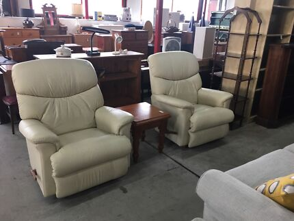 Cheap price to sale good condition second hand furniture  Other